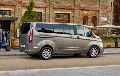 Productie Ford Transit verhoogd om aan groeiende vraag te voldoen.