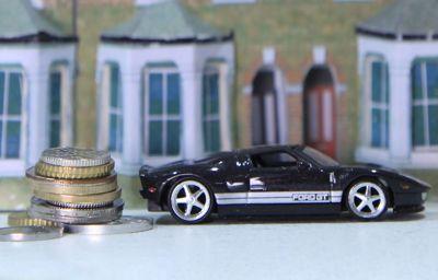 Handtassen, munten en auto's: de opkomst van alternatief investeren