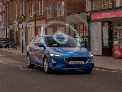 Ford 'RoadSafe'-dashboard helpt verborgen gevaren te vermijden