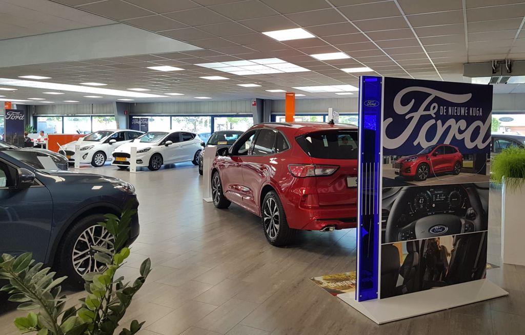 Ford showroom - Hekkert Autogroep in Heerlen, Sittard en Maastricht