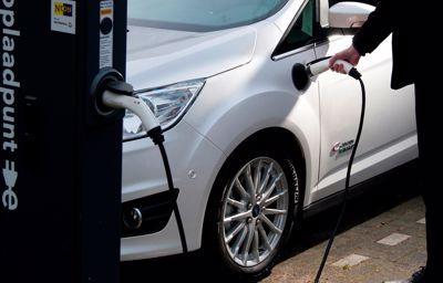 Grotere afstanden afleggen met een elektrische Ford