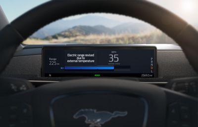 Elektrische Mustang Mach-E eerste Ford die nauwkeurigheid van actieradius verbetert via de cloud