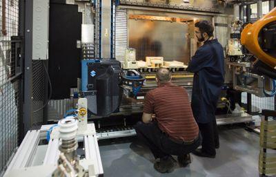 Ford test 3D-printen grote auto-onderdelen