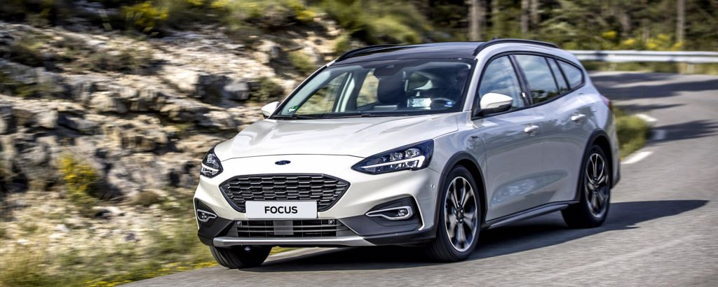 Hvit Ford Focus