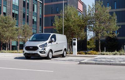 **Stor test av ladbare hybridvarebiler: Kjørte 3 av 4 km på ren elektrisitet**