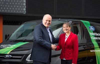 Ford-sjef Jim Hackett åpnet nytt Smart Mobility innovasjonssenter
