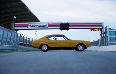 **Markerer ikonet Ford Capris 50 årsdag med historisk reise**