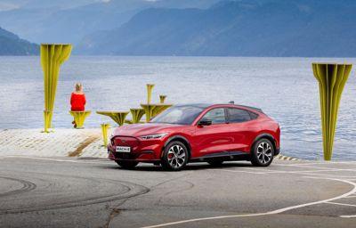 Nye Ford Mustang Mach-E ble den mest solgte bilen i Norge i juli