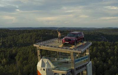 Vant gratis SUV-lån i spektakulær konkurranse i verdens høyeste frittstående klatretårn i Norge