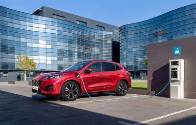 Europas mest solgte ladbare hybrid kjørte elektrisk nesten halvparten av kjørelengden