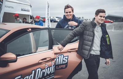 Ford gjentar suksessen: Tilbyr gratis kjørekurs for unge sjåfører