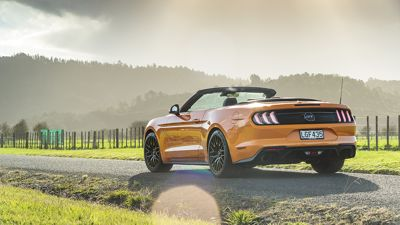 2018 FORD MUSTANG GT CONVERTIBLE - READY TO CONVERT?