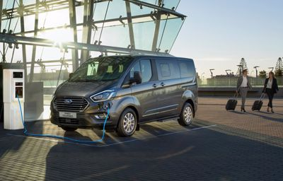 New Transit Custom and Tourneo Plug-In Hybrids deliver zero emission driving with no range anxiety