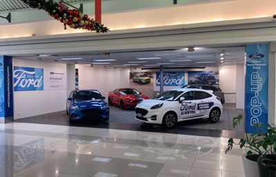Team Hutchinson Ford Pop Up Store