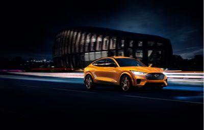 Ford ujawnia niesamowicie szybkiego Mustanga Mach-E GT na rynek europejski: żaden konkurent w tym segmencie nie dysponuje takim przyspieszeniem