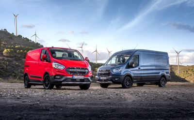 Nowe wersje do jazdy poza asfaltem i modele Active otwierają przed rodziną Forda Transita nowe terytorium