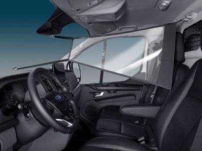 Ford wprowadza nowe przegrody ochronne dla użytkowników Transita i Tourneo, dbających o zachowanie bezpiecznego dystansu społecznego w kabinie