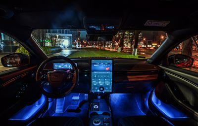SYNC 4A w Mustangu Mach-E: Łączność na najwyższym poziomie