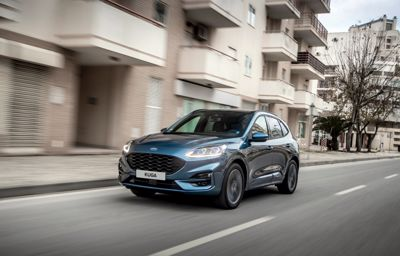 Komfort i bezpieczeństwo w trasie - poznaj Ford Kuga PHEV