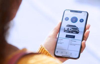 FordPass & FordPass Pro: zarządzaj swoim Fordem z poziomu aplikacji w telefonie