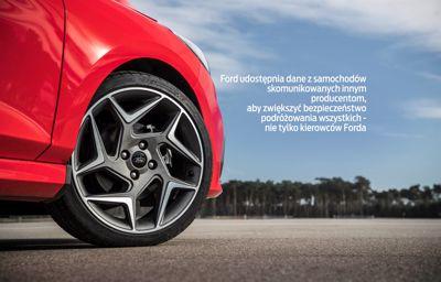 Ford udostępnia dane z samochodów skomunikowanych innym producentom, aby zwiększyć bezpieczeństwo podróżowania wszystkich - nie tylko kierowców Forda