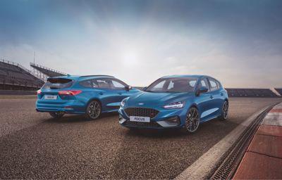 Ford z dynamicznym wzrostem sprzedaży samochodów osobowych.