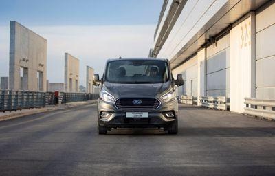 Ford Tourneo Custom w wersji Plug-In Hybrid