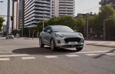 Nowa opcja przekładni automatycznej w Fordach z układem napędowym EcoBoost Hybrid