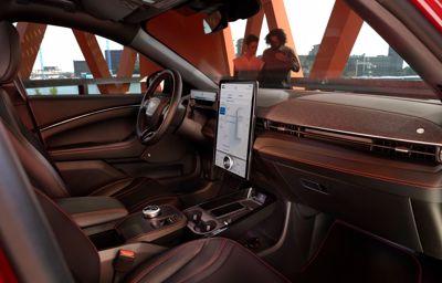Power-up - aktualizacje oprogramowania w Mustangach Mach-E