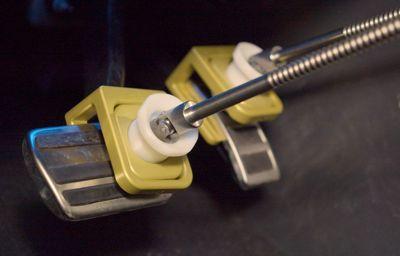 Ford wprowadza roboty wykonujące pracę kierowców testowych podczas prób pojazdów w najtrudniejszych warunkach