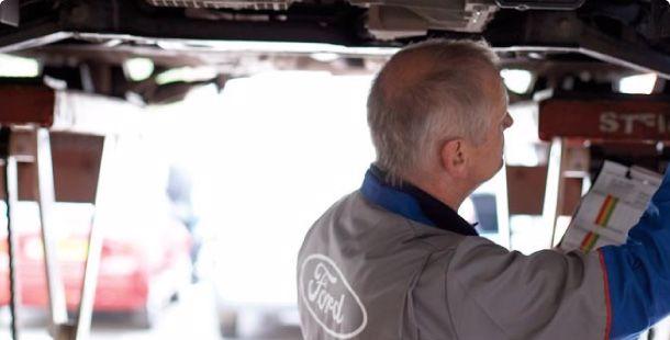 Lita på din Ford verkstad när det gäller reperationer av din bucklora och liknande.