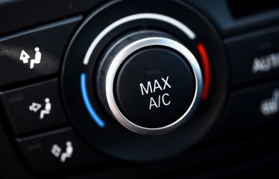 **AC service/rengöring**