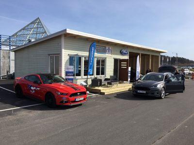 Ford Hedin Bil öppnar POP-UP Store på Hede Fashion Outlet