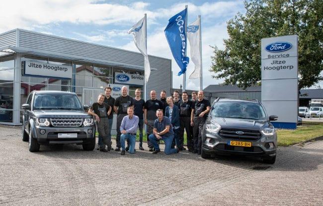 het team van ford dealer autobedrijf hoogterp