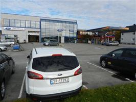 Ny bilhall ferdig på Rørvik