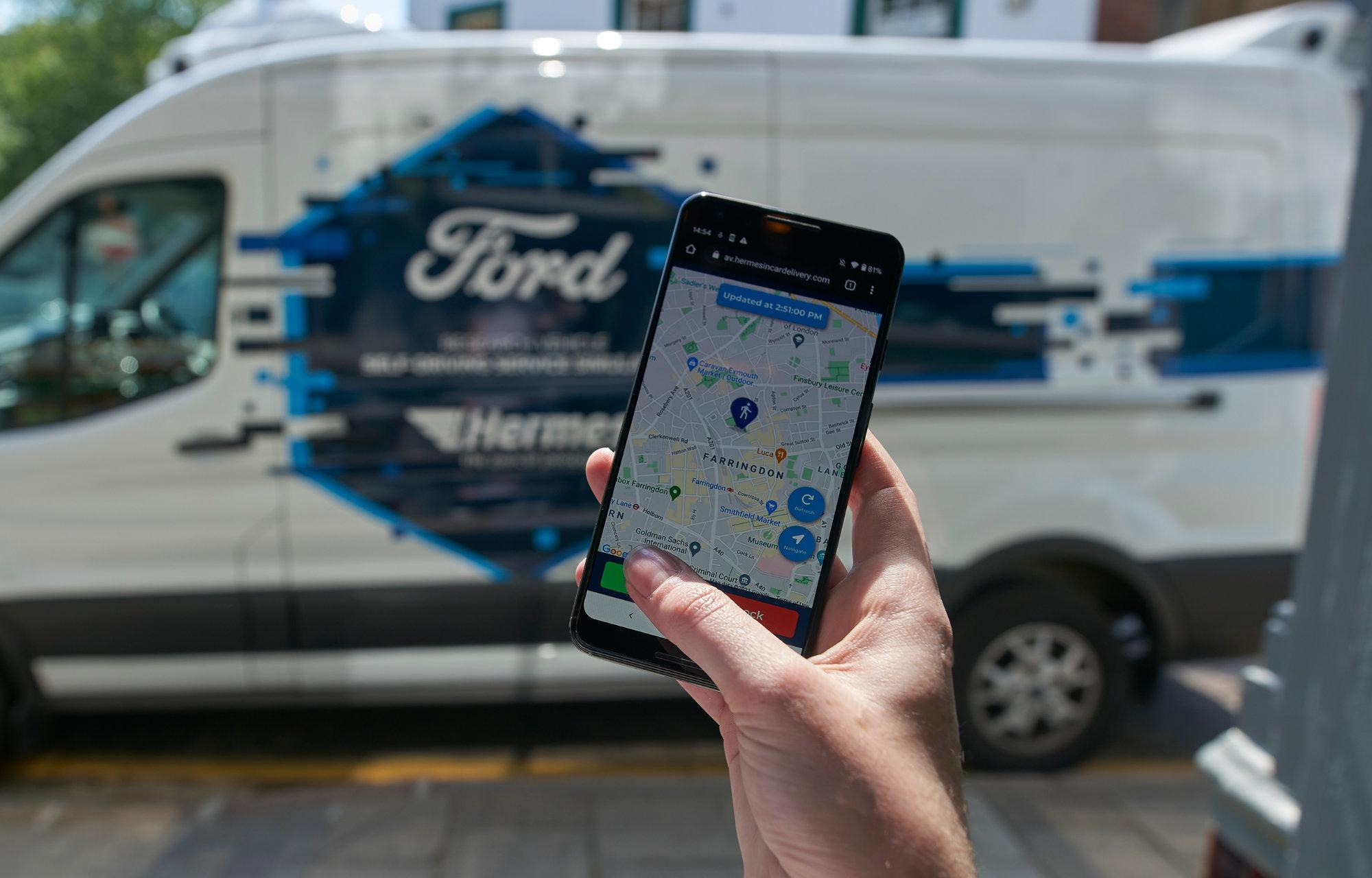 Ford inleder ny forskning med självkörande bilar och paketleveranser