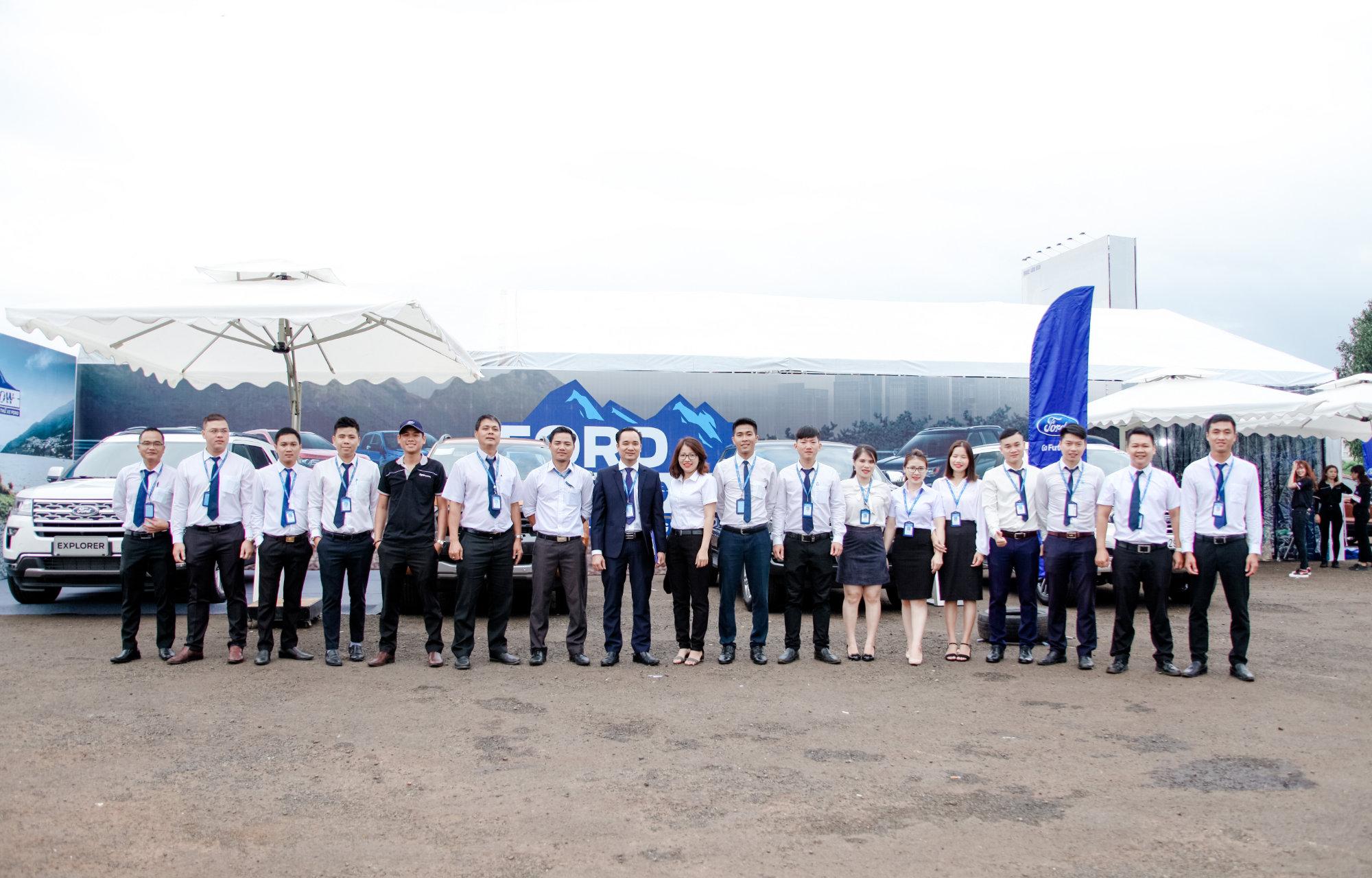 Đội ngũ nhân viên/chuyên viên tại Daklak Ford